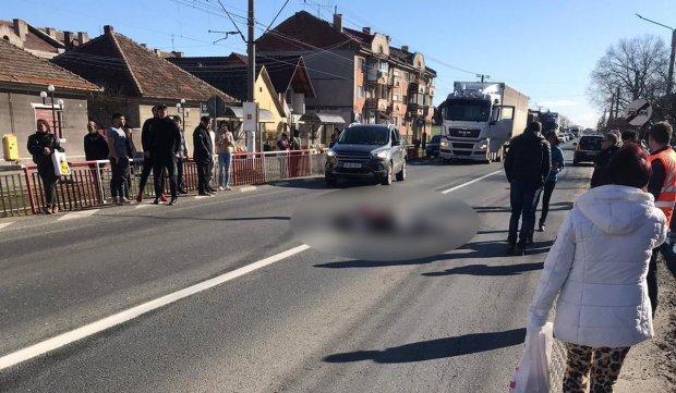 Tânără însărcinată şi o altă femeie, accident în Vladimirescu, Arad