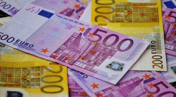 Se dau bani pentru români! Cine poate primi 15.000 de euro nerambursabili, Declaratie Proprie Raspundere Online