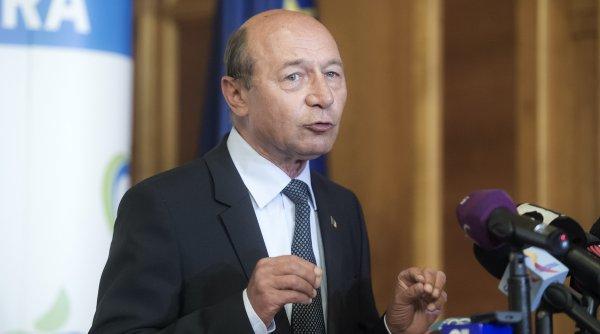 """Băsescu, atac la Orban: """"Dacă PNL pierde alegerilete scot în şuturi de la Palatul Victoria şi te las fără serviciu"""""""