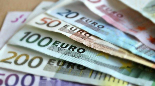 Euro, maxim istoric pentru a patra oară în numai o lună