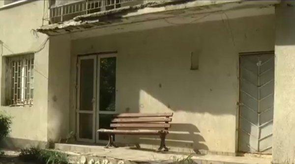 O clădire abandonată de ani de zile, transformată în cabinet medical de viceprimarul Capitalei, Aurelian Bădulescu