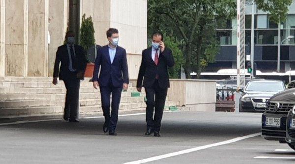 """Întâlnire misterioasă la Palatul Cotroceni: Ludovic Orban și Nicușor Dan, chemați de președintele Iohannis. """"Pot să confirm..."""""""