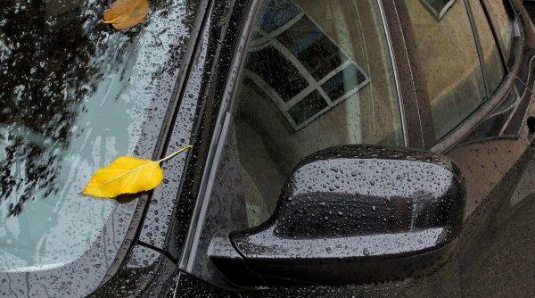 VREMEA. Prognoză meteo specială pentru București. Ploi torențiale cu grindină și fulgere, până în dimineața alegerilor