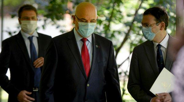 Sfaturile lui Raed Arafat despre cum să nu ne infectăm la vot: ''Nu e suficient să purtăm mască!''