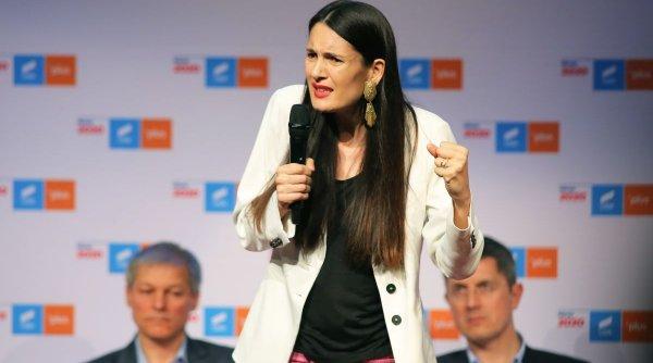 """Clotilde Armand: """"Vine cutremurul în Primăria Sectorului 1. Țineți-vă bine pesediștilor. Curând"""""""