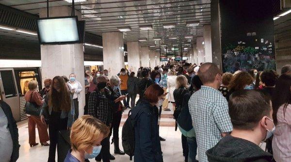 Măsurile anunţate de Metrorex pentru evitarea supraaglomerării în staţii