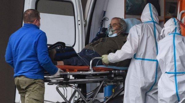 """Expert în boli infecțioase avertizează: """"Urmează cele mai negre trei luni din întreaga pandemie"""""""