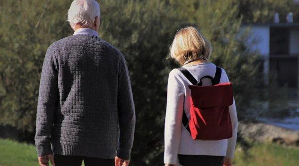 Eroarea care a lăsat pensionarii fără bani. 300.000 de pensionari, loviți la venituri