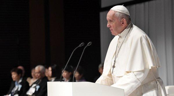 """Papa Francisc, despre căsătoriile între persoanele de acelaşi sex:""""Homosexualii au dreptul să fie parte a unei familii"""""""