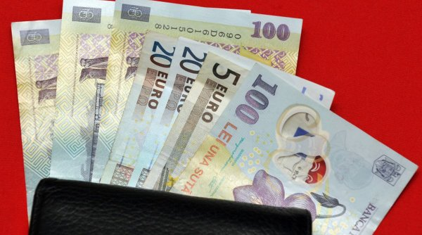 Indicele ROBOR continuă să crească. Anunț pentru românii cu rate la bănci