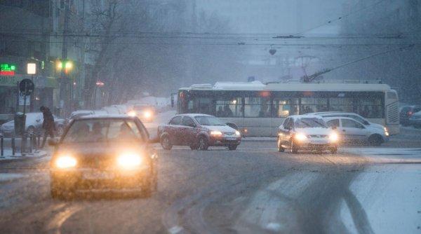 Iarna își intră în drepturi. Lapoviță și ninsoare la sfârșitul săptămânii în unele zone ale țării