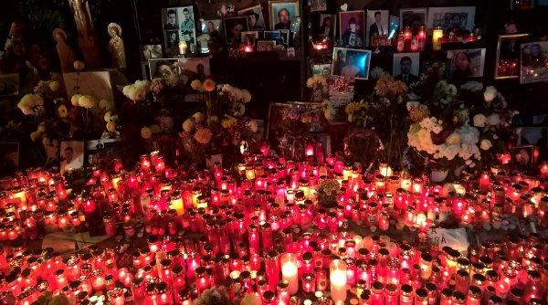 5 ani de la Colectiv: Lanț uman în centrul Capitalei, în memoria victimelor