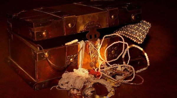 Un milionar a îngropat o comoară în munţi și oricine poate să o găsească. Ce trebuie să facă cei care vor să-și schimbe total viața