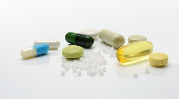 """Atenție la vitaminele din magazine! Când nu sunt recomandate suplimentele alimentare. Medic: """"Cel mai bun pas pentru a nu ne îmbolnăvi este..."""""""