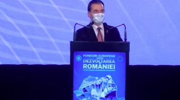 Orban a gafat în mod repetat în timpul prezentării Planului Naţional de Redresare şi Rezilienţă