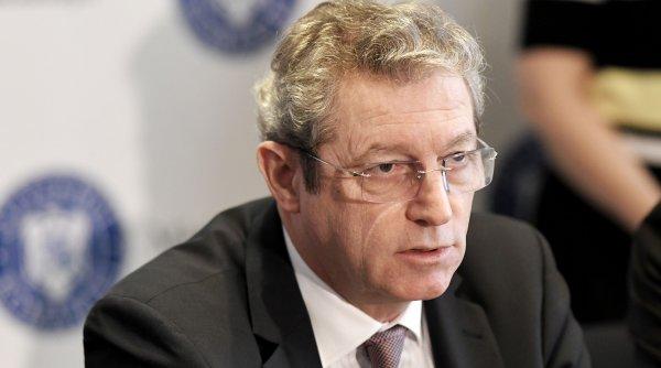 Adrian Streinu-Cercel: Pandemia este scăpată de sub control. Guvernul nu ne protejază, carantina e o făcătură
