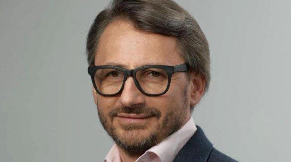Constantin Iacov: Marea mutare politică a Liei Olguța Vasilescu este doar o culegere de resturi
