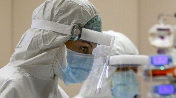 Personalul medical implicat în lupta cu COVID-19 va primi sporuri uriașe. Anunțul făcut de Guvern