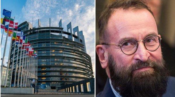 Acesta este eurodeputatul prins de poliţie la orgia sexuală cu droguri din Bruxelles. Decizie radicală după ce a fost identificat
