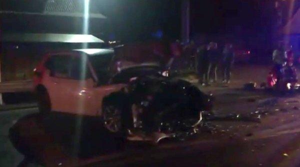 Doi oameni au murit pe loc într-un teribil accident frontal în Rădeşti, Argeş