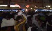 Cehia. Sute de tineri s-au bătut cu perne în centrul capitalei