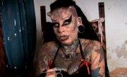 O mexicancă şi-a tatuat întregul corp şi şi-a pus coarne, pentru a fi nemuritoare