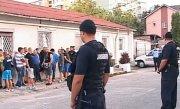 Un hipermarket din Pitesti a fost devastat de suporterii echipei Petrolul Ploiesti