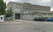 Noua turisti macedoneni au ajuns la spital �n Ploiesti, dupa ce au consumat m�ncare alterata