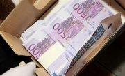 FABRICĂ de BANI FALŞI pentru mafia italiana, la Oradea. 14 milioane de euro, confiscati de DIICOT. Alti 90.000 de euro, gasiti la o groapa de gunoi