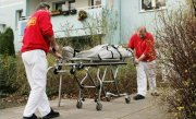 O casnicie de cinci decenii s-a sf�rsit cu o crima. Un batr�n de 86 de ani si-a ucis sotia pentru ca aceasta nu i-a dat o bucata de p�ine