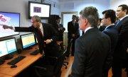 Cel mai puternic laser din Europa a fost inaugurat la Magurele. Costoiu: Este unic �n Europa prin gama echipamentelor si nivelul tehnologic de ultima ora