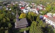 Rom�nia la �naltime: Biserica de lemn din Budesti, judetul Maramures