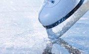 PANICĂ la un patinoar din Gherla. Lacul �nghetat a cedat si mai multi oameni au cazut �n apa rece