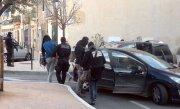 Cinci barbati suspectati de implicare �n filierele jihadiste au fost arestati �n Franta