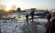 Hidrologii au emis un nou cod galben de inundatii. Avertizarea este valabila �n 8 judete