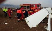Incident aviatic. Un avion de mici dimensiuni a aterizat forţat la Alba, pilotul este rănit - FOTO