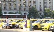 Scandal la protestul taximetriștilor. Parlamentar asaltat de protestatari