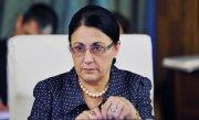 Ecaterina Andronescu, reacție în scandalul manualelor școlare: Nu mă întrebați de greșelile altora