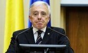 Isărescu iese la atac: Avalanșa de știri negative despre aurul României de la Londra a făcut mult rău țării