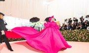 """Lady Gaga a căzut de pe scenă, în brațele unui admirator: """"Am crezut că a murit"""" VIDEO"""