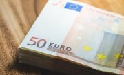 Euro, la un nou maxim istoric pentru a treia zi consecutiv