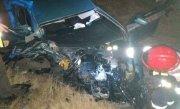 Imagini înfiorătoare filmate cu câteva secunde înainte de impact! Șoferul beat și fără permis se distra cu un prieten, la volan, când s-a petrecut tragedia. Doi oameni au murit!