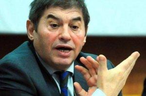 Fostul şef al Camerei de Comerţ a României poate părăsi domiciliul. Mihail Vlasov, pus sub control judiciar