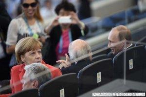 Vladimir Putin şi Angela Merkel au discutat despre livrarea de gaze ruseşti către UE