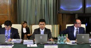 Ministrul Educaţiei riscă demiterea. Ponta i-a dat un ultimatum lui Pricopie în problema manualelor