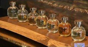 NUMAI DE BINE. Parfumul defineşte personalitatea