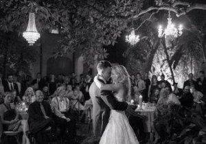 O vampiriţă luată! Candice Accola, vedetă din The Vampire Diaries, s-a măritat