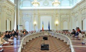 Şedinţă de urgenţă la comisia SIE pentru ofiţerul acoperit