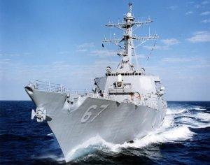 Distrugătorul american USS Cole, în Marea Neagră. De ce au venit americanii la Constanţa