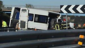 Şase români au murit, iar trei au fost răniţi într-un accident produs în Italia